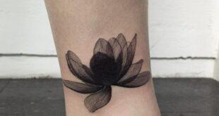 71d23eca5e84e63d907d1f7986eff956 - Schwarz-Lotus-Tattoo-Lotus-Blume-tattoos.jpg (7 ... - Angela Becker Blog